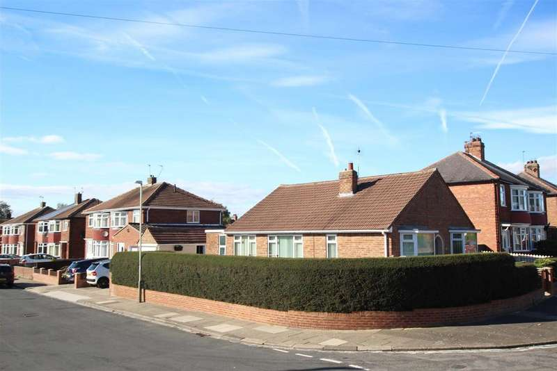 3 Bedrooms Detached Bungalow for sale in Carnaby Road, Darlington