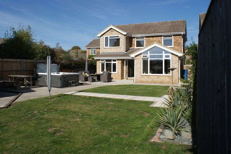 4 Bedrooms Property for sale in Rylstone Close,