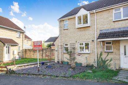 2 Bedrooms Semi Detached House for sale in Winsbury Way, Bradley Stoke, Bristol, Gloucestershire