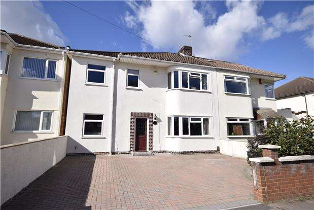 4 Bedrooms Semi Detached House for sale in Bromley Heath Road, Downend, BRISTOL, BS16 6HY