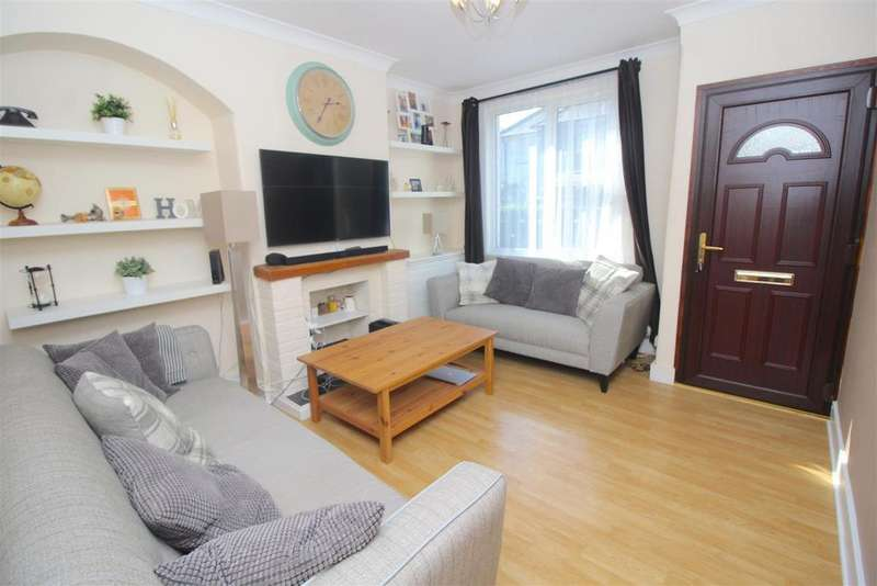 2 Bedrooms Terraced House for sale in Balliol Road, London
