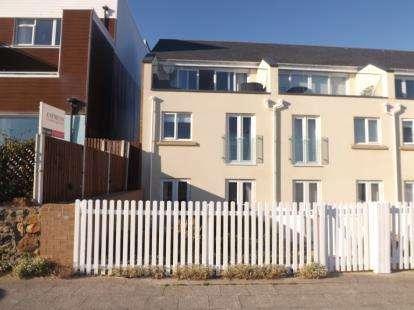 4 Bedrooms End Of Terrace House for sale in Awel Y Mor, Pwllheli, Gwynedd, LL53