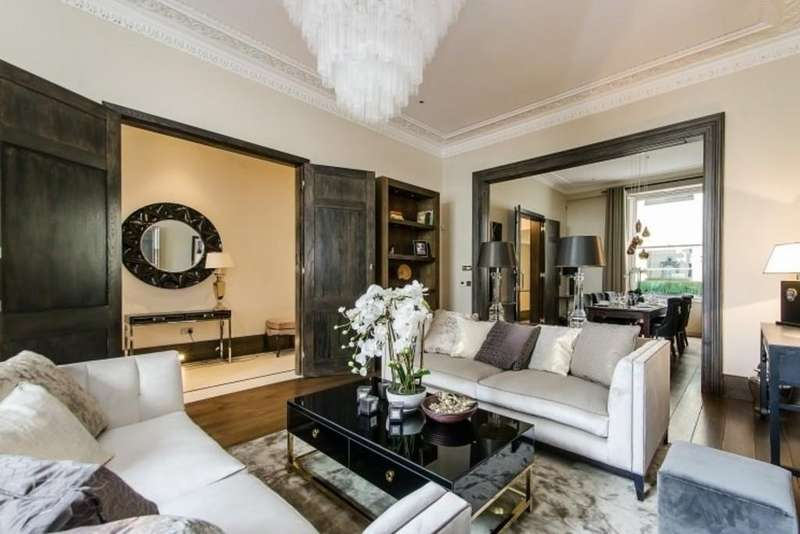 4 Bedrooms Maisonette Flat for sale in Cleveland Square, London W2