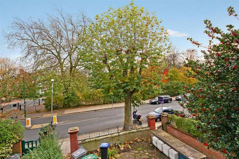 Studio Flat for sale in Chevening Road, Queens Park, London