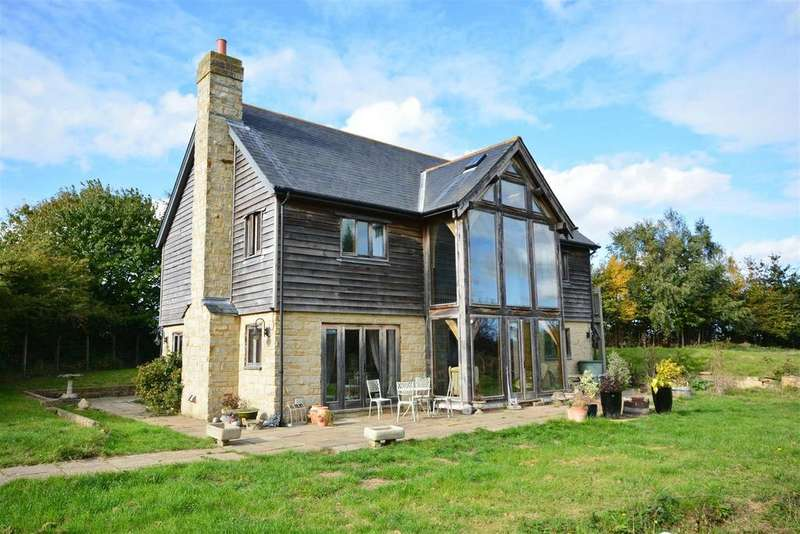 3 Bedrooms Detached House for sale in Ivyhouse Lane, Hastings