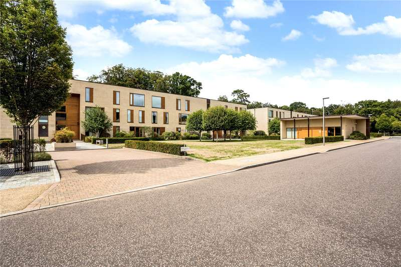 2 Bedrooms Flat for sale in Cliveden Gages, Taplow, Maidenhead, SL6