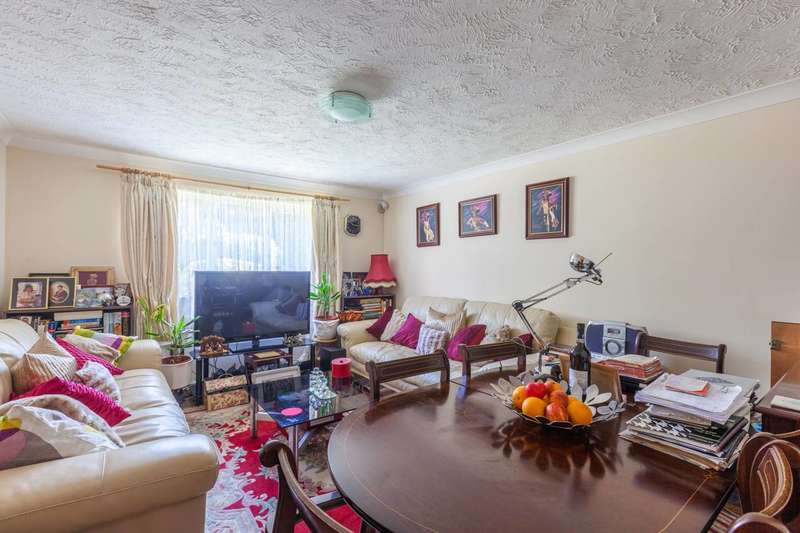 2 Bedrooms Flat for sale in Rossetti Road, South Bermondsey, SE16