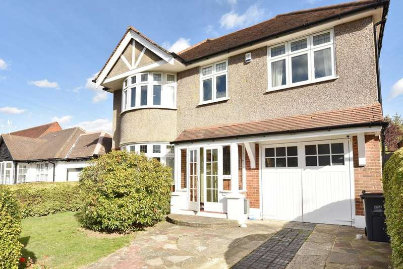4 Bedrooms Detached House for sale in The Grove West Wickham BR4