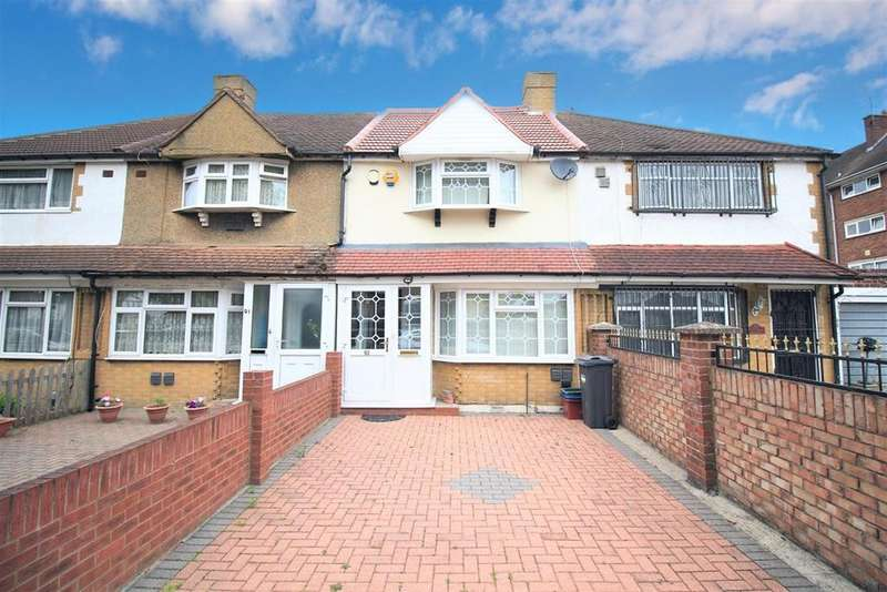 3 Bedrooms Terraced House for sale in Swift Road, Feltham, TW13