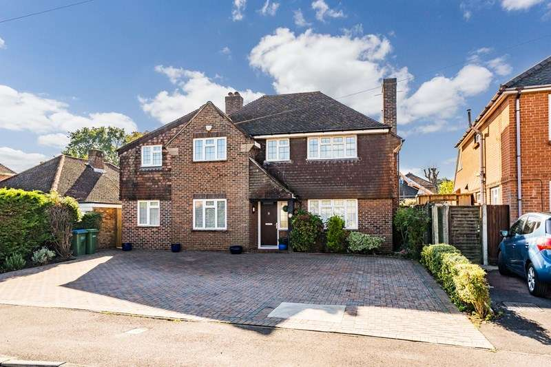 4 Bedrooms Detached House for sale in Blackbrook Park Avenue, Fareham