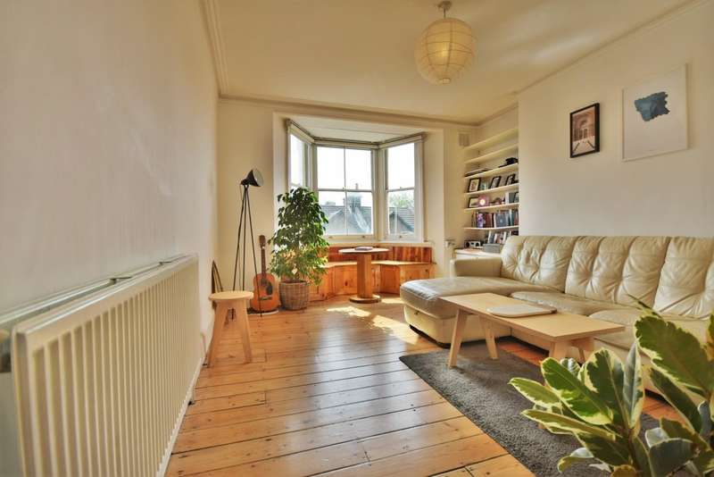 1 Bedroom Flat for sale in Brett Road, Hackney