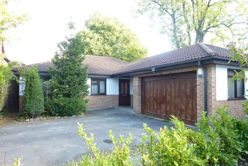 3 Bedrooms Detached Bungalow for sale in APPLEFIELDS, LEYLAND PR25