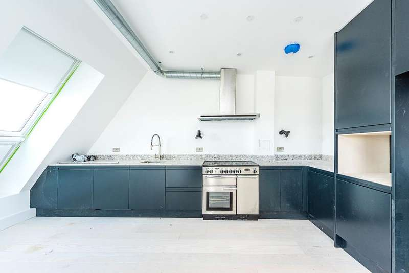 3 Bedrooms Flat for sale in The Fisheries, 1 Mentmore Terrace, London Fields, London