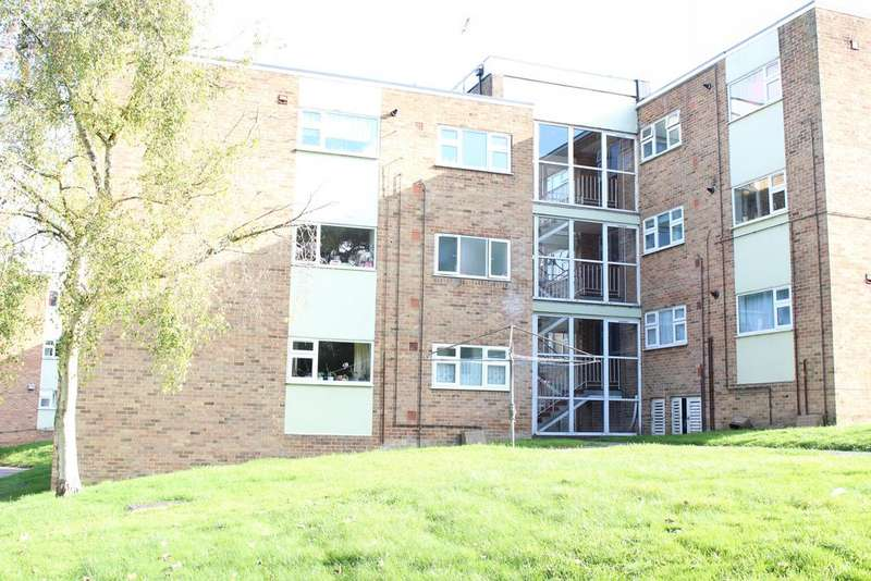 2 Bedrooms Ground Flat for sale in Portdown, Park Street, Hungerford RG17