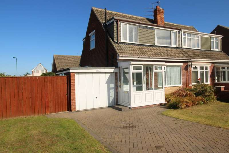 3 Bedrooms Semi Detached House for sale in Churchil Drive