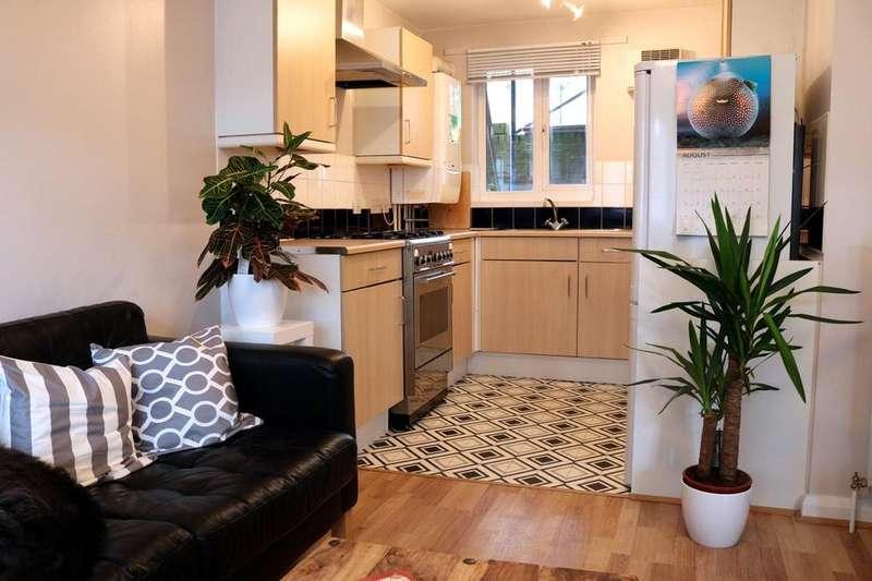 1 Bedroom Ground Flat for sale in Cropley Street, Islington, N1