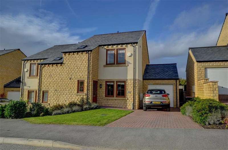 3 Bedrooms Semi Detached House for sale in Clarkson Close The Hallows, Reedley, Lancashire