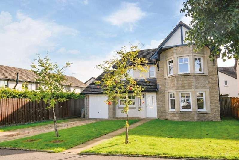 4 Bedrooms Detached House for sale in Borrows Gate, Stirling, Stirling, FK9 5GQ