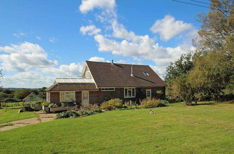 4 Bedrooms Farm House Character Property for sale in Castle Hill, Rotherfield