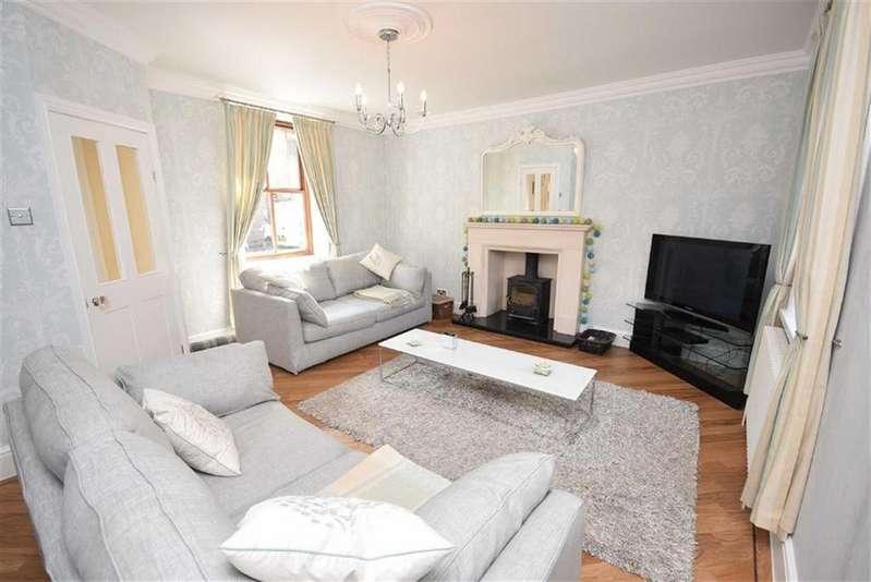 4 Bedrooms Detached House for sale in Emmott Lane, Laneshawbridge, Lancashire