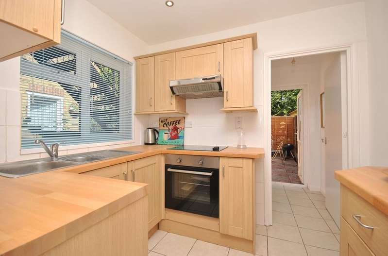 1 Bedroom Flat for sale in Chapter Road Walworth SE17