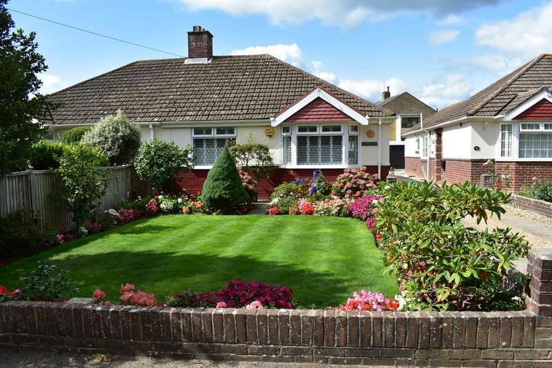 2 Bedrooms Semi Detached Bungalow for sale in Fareham Road, Gosport