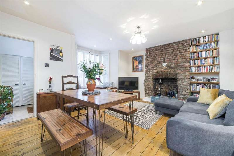 1 Bedroom Flat for sale in Brecknock Road, Kentish Town, London