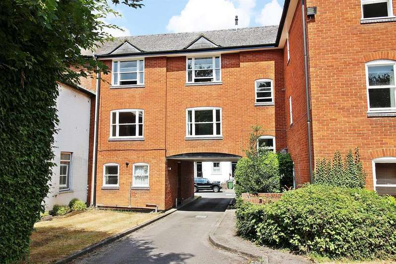 2 Bedrooms Flat for sale in Prospect Road, St. Albans