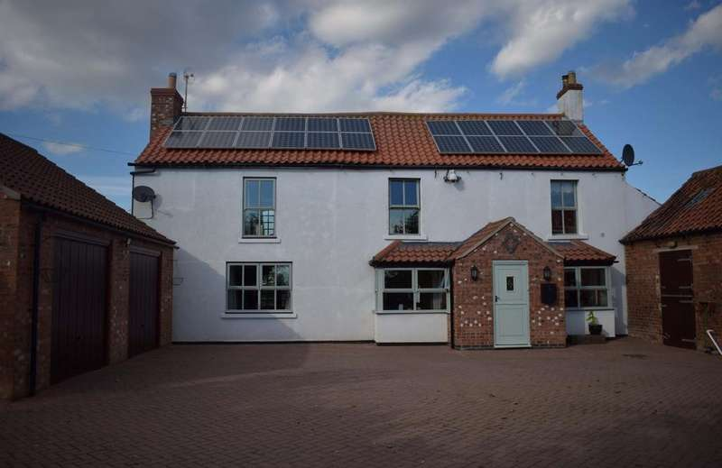 3 Bedrooms Detached House for sale in Willingham By Stow LINCOLNSHIRE