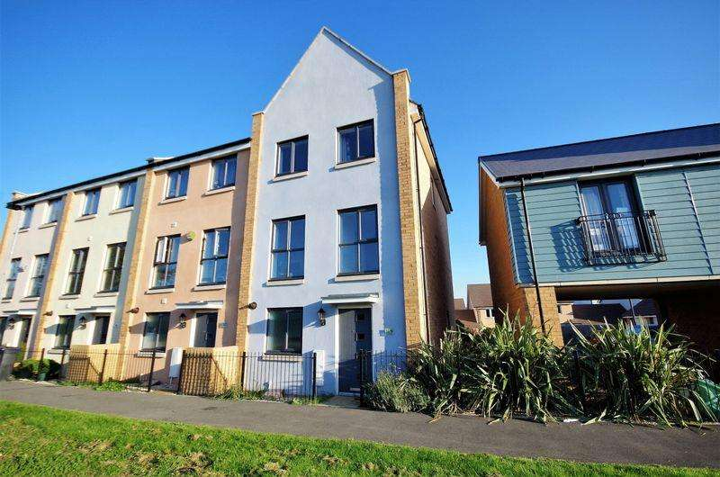 3 Bedrooms End Of Terrace House for sale in Swithins Lane, Charlton Hayes, Bristol