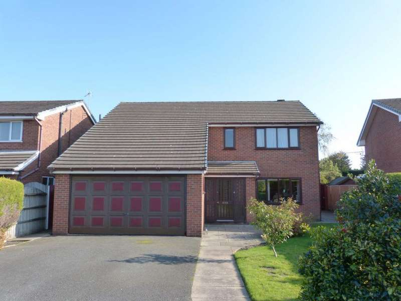 4 Bedrooms Detached House for sale in Charlesbye Avenue, Ormskirk, L39