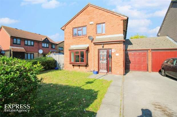 4 Bedrooms Detached House for sale in Bill Hamling Close, London