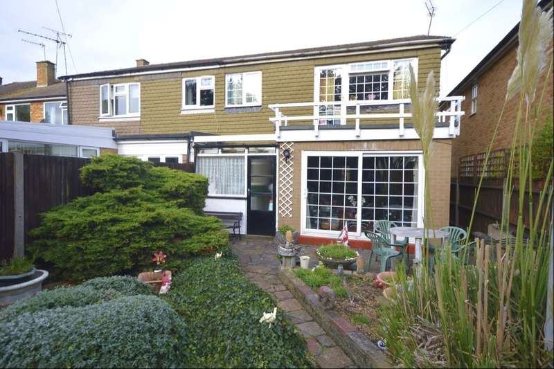 3 Bedrooms Semi Detached House for sale in Holtsmere Close, Watford, WD25