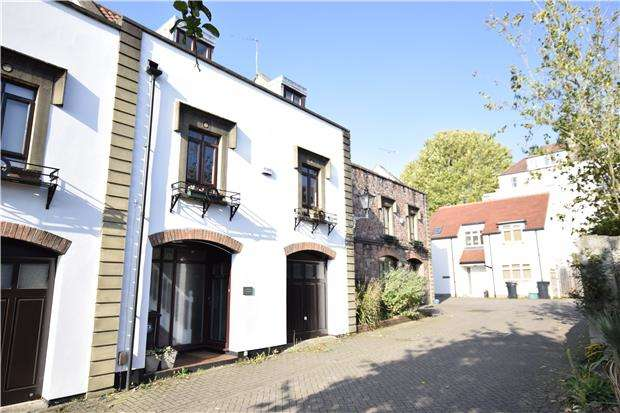 3 Bedrooms Mews House for sale in Clyde Mews, Redland, BRISTOL, BS6 6QW