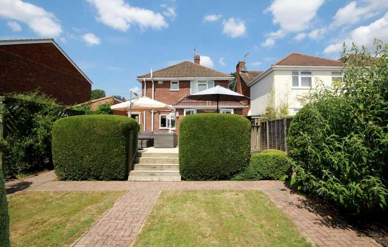 3 Bedrooms House for sale in OUTSTANDING DETACHED HOME IN SOUGHT AFTER BOXMOOR CUL DE SAC NO UPPER CHAIN