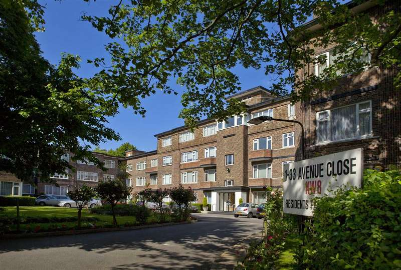 4 Bedrooms Flat for sale in Avenue Close, London, NW8