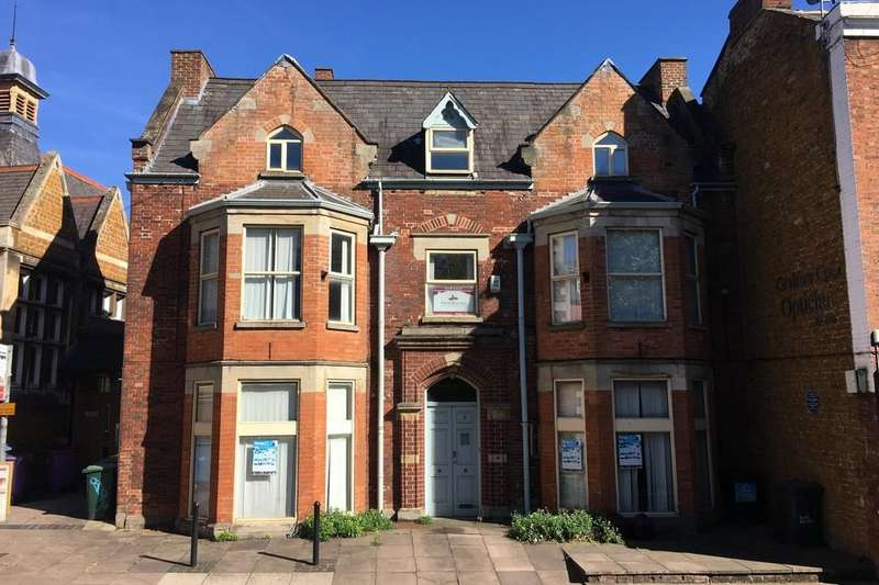 Detached House for sale in Burton Street, Melton Mowbray, LE13 1AE