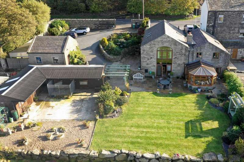 4 Bedrooms Barn Conversion Character Property for sale in Swallows Barn, Chain Road, Slaithwaite HD7 5TZ