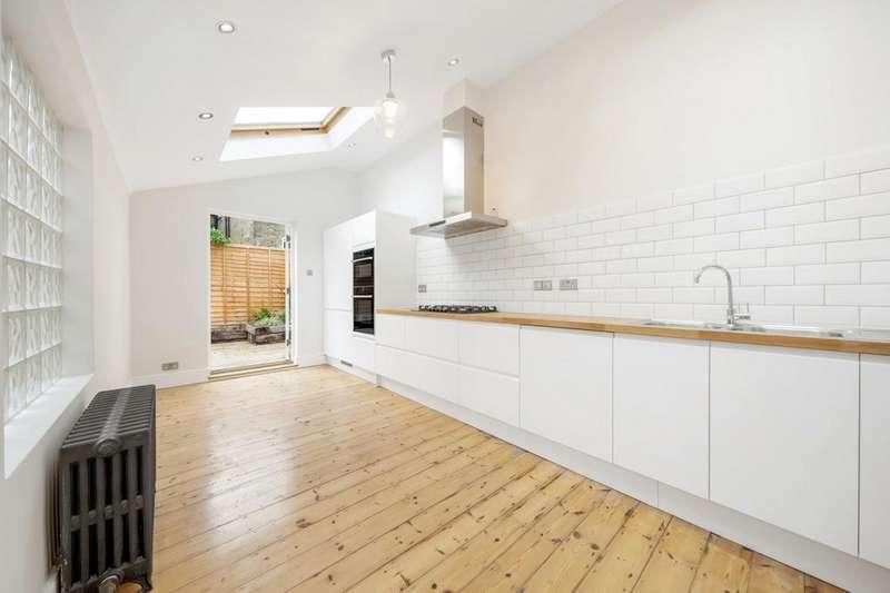 3 Bedrooms Terraced House for sale in Elm Park, London, London SW2
