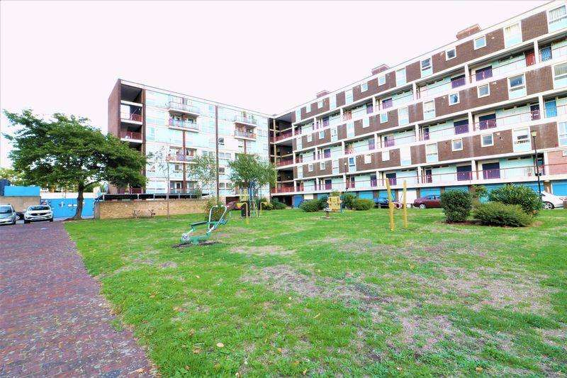 3 Bedrooms Apartment Flat for sale in 3 Bedroom Maisonette For Sale