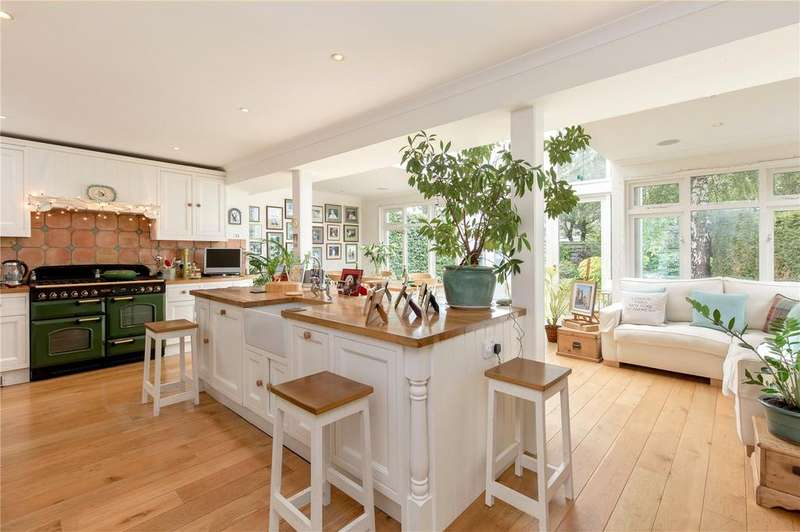4 Bedrooms Detached House for sale in Cammo Brae, Edinburgh