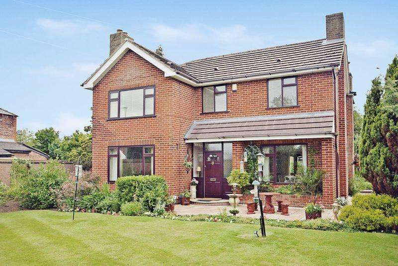 4 Bedrooms Detached House for sale in Norlands Lane, Widnes