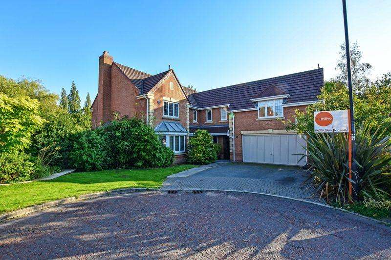 5 Bedrooms House for sale in Hunts Field Close, Lymm