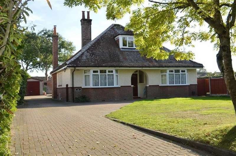 5 Bedrooms Chalet House for sale in Merley Lane, Wimborne, Dorset