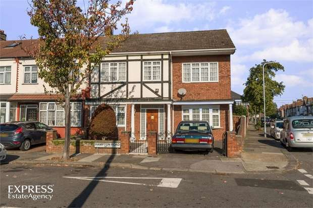 3 Bedrooms Maisonette Flat for sale in Hampton Road, Ilford, Essex