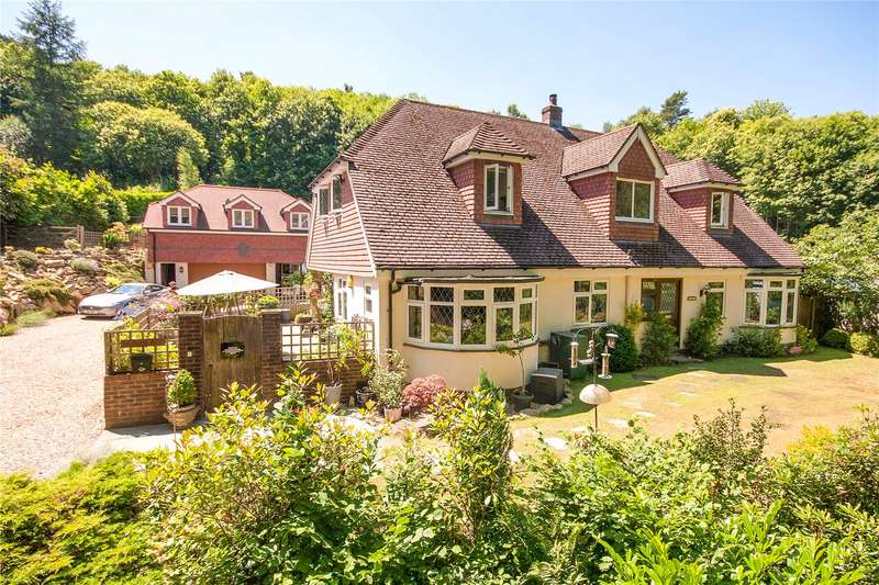4 Bedrooms Detached House for sale in Pond Road, Headley Down, Hampshire, GU35