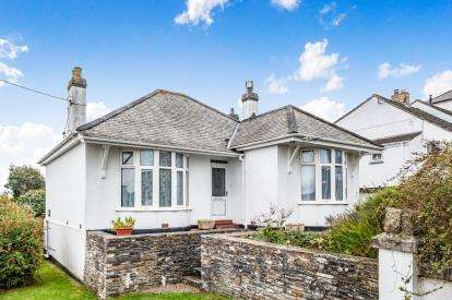4 Bedrooms Bungalow for sale in Wadebridge, Cornwall, Uk
