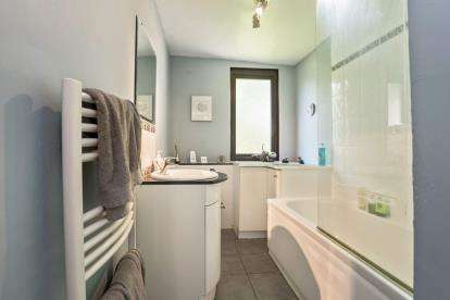 4 Bedrooms Detached House for sale in Braehead, Forth
