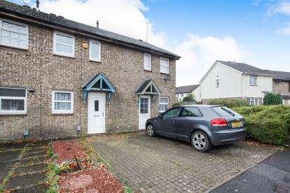 2 Bedrooms Terraced House for sale in Vanbrugh Drive, Houghton Regis, Dunstable, Bedfordshire