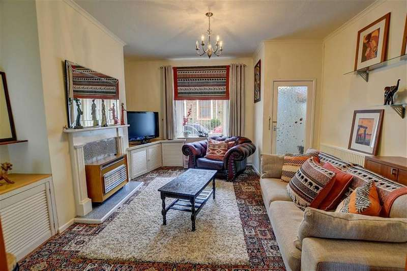 2 Bedrooms Terraced House for sale in Palmerston Street, Padiham, Lancashire